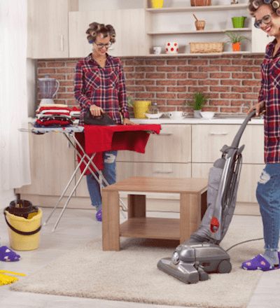 Women cleaning the kitchen